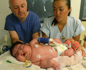 Jasleen - Alemania - El bebé más grande de Alemania - 2013
