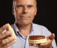Cocinan en Londres la primera hamburguesa de carne artificial del mundo